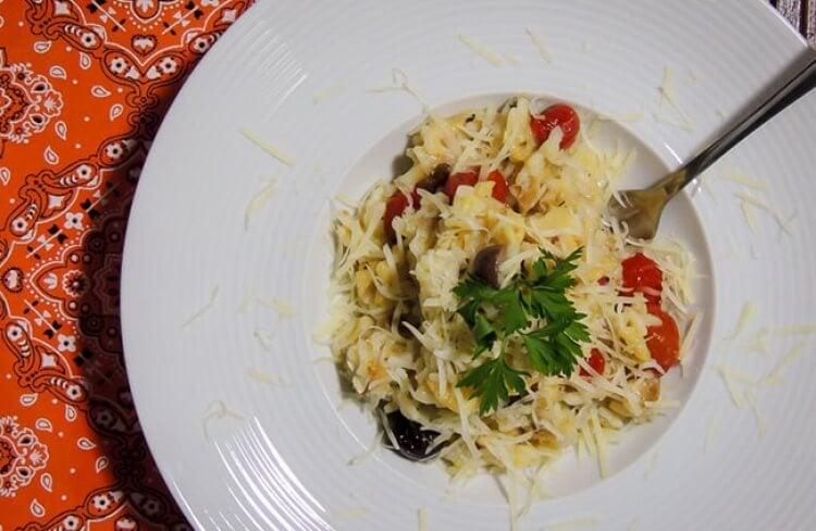 Receita de risoto de bacalhau com mini tomates assados