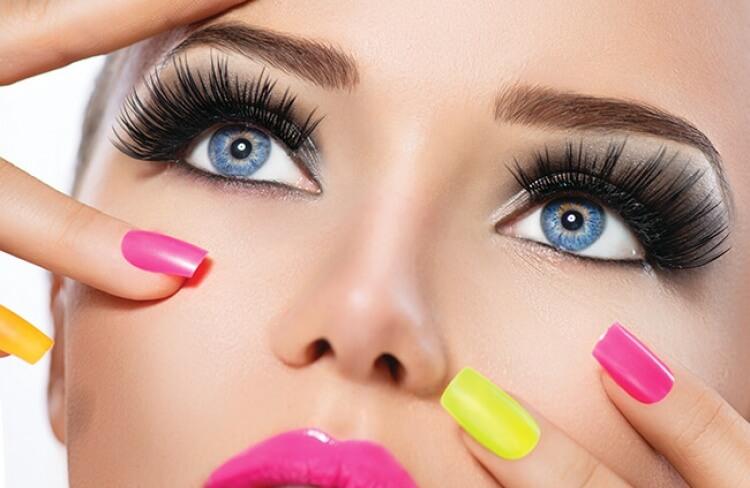 Truques infalíveis para manter a maquiagem intacta