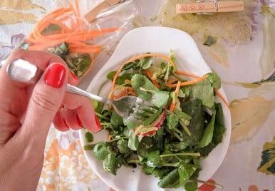 Receita de salada no saquinho